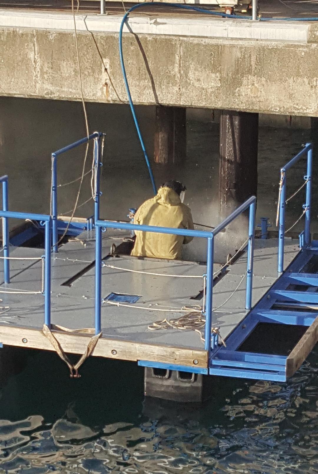 High pressure water blasting at port