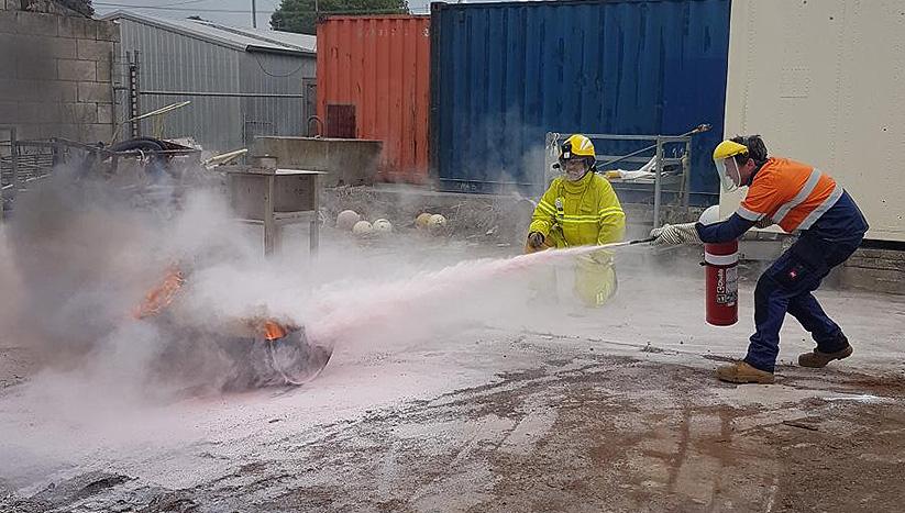 PUAFER008 Confine small emergencies in a facility